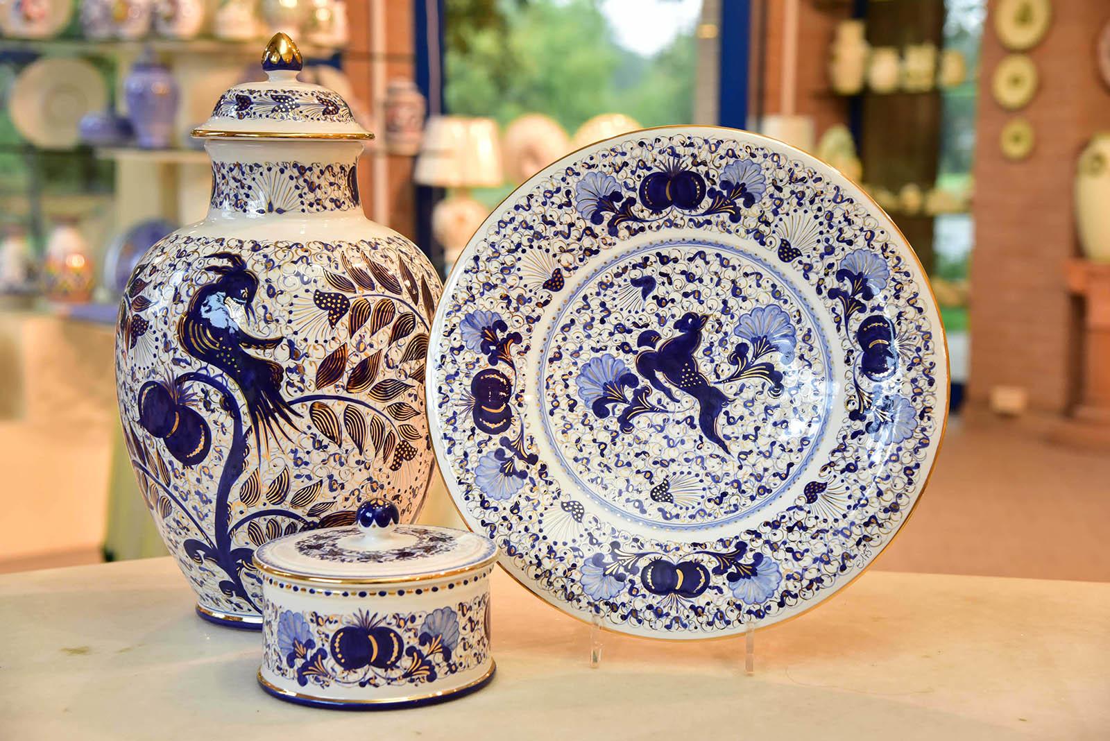 Ceramiche con ornamenti in oro: Melograno