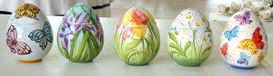 Uova di Pasqua in ceramica