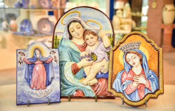 Madonne e immagini sacre in maiolica