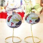 Palline di Natale in ceramica decoro Garofano